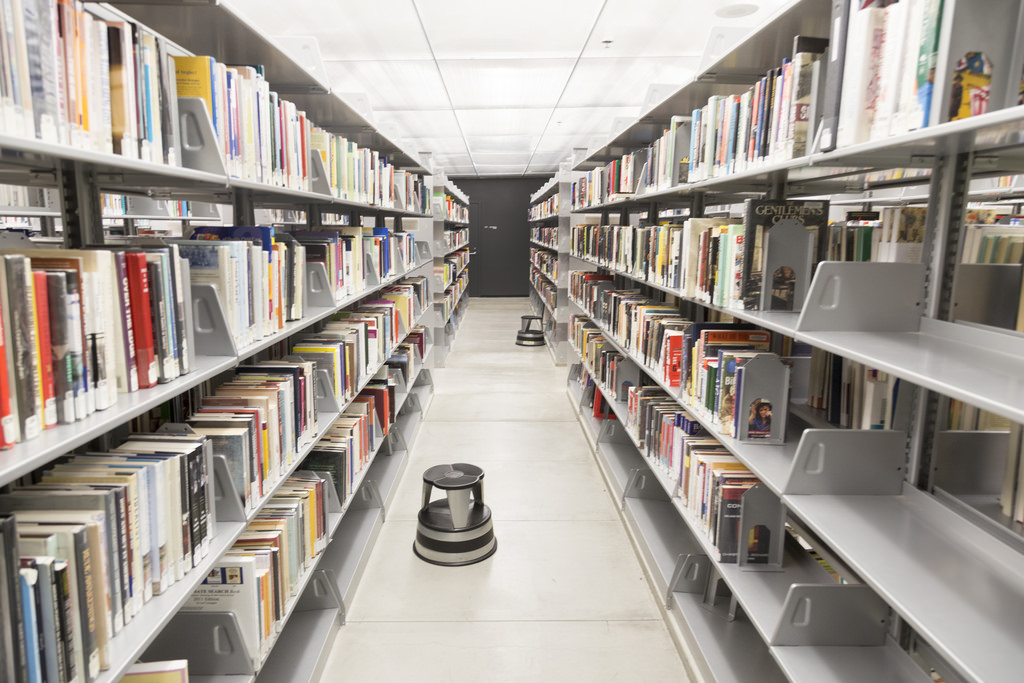 uf dissertation library Therefore when someone visits the uf library's website and types a combination of words into their search field, your document will be one of several that is retrieved the more keywords the person enters, the narrower the search will become.